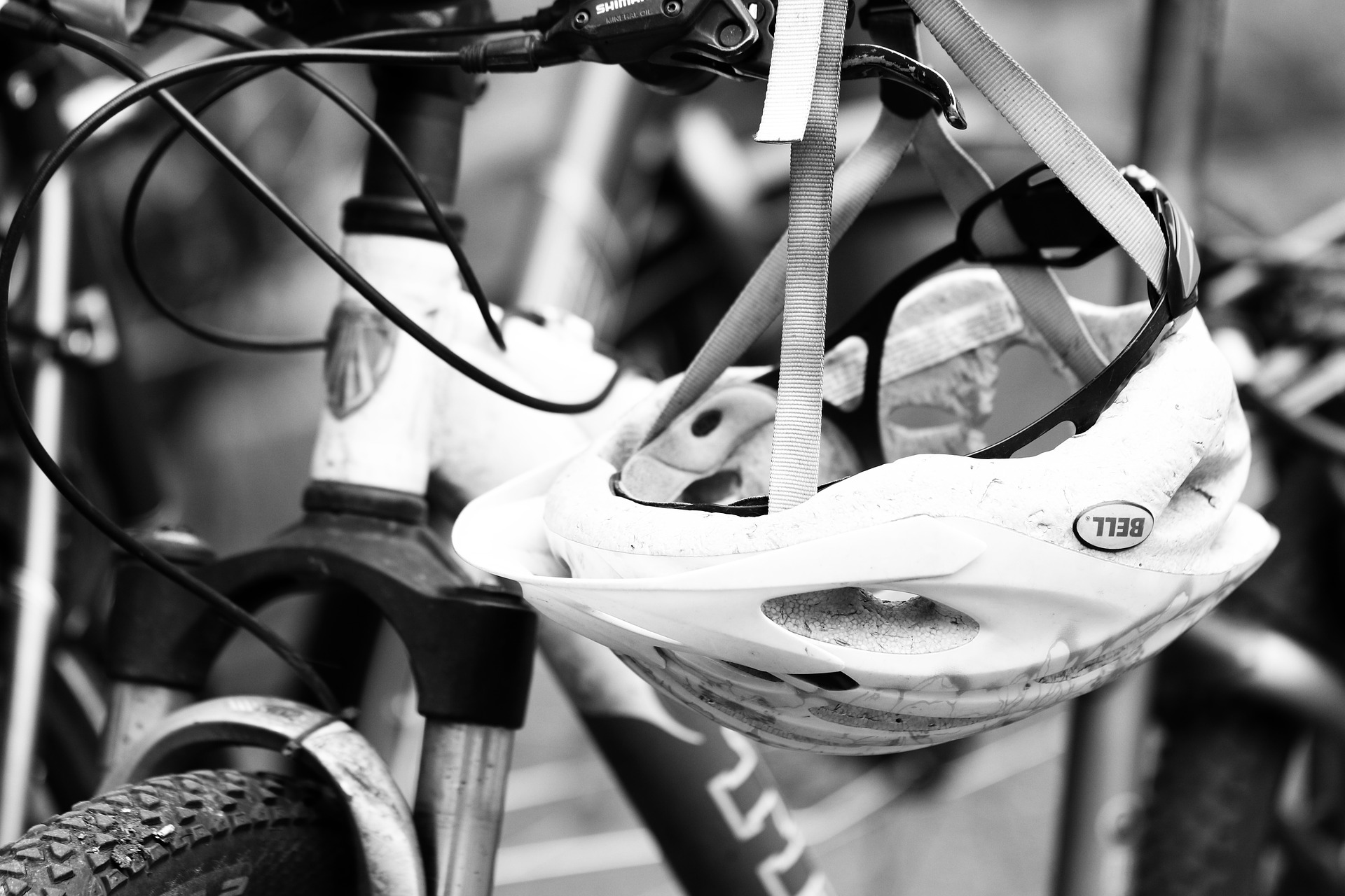 Should you wear a bike helmet to prevent ladder injuries?