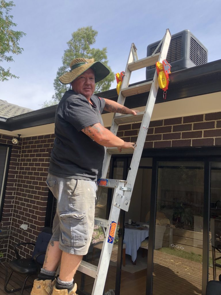 Darren Smoel from Smoel Climate Control is very safety conscious and recommends Lock Jaw Ladder Grip used to reduce the risk of falls from ladders